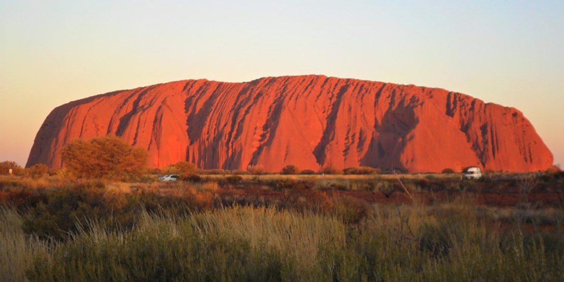Australien verbietet das Bergsteigen des Urululu