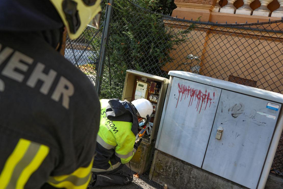 Brand eines Trafos in einem Stromverteilerkasten in Wels-Innenstadt