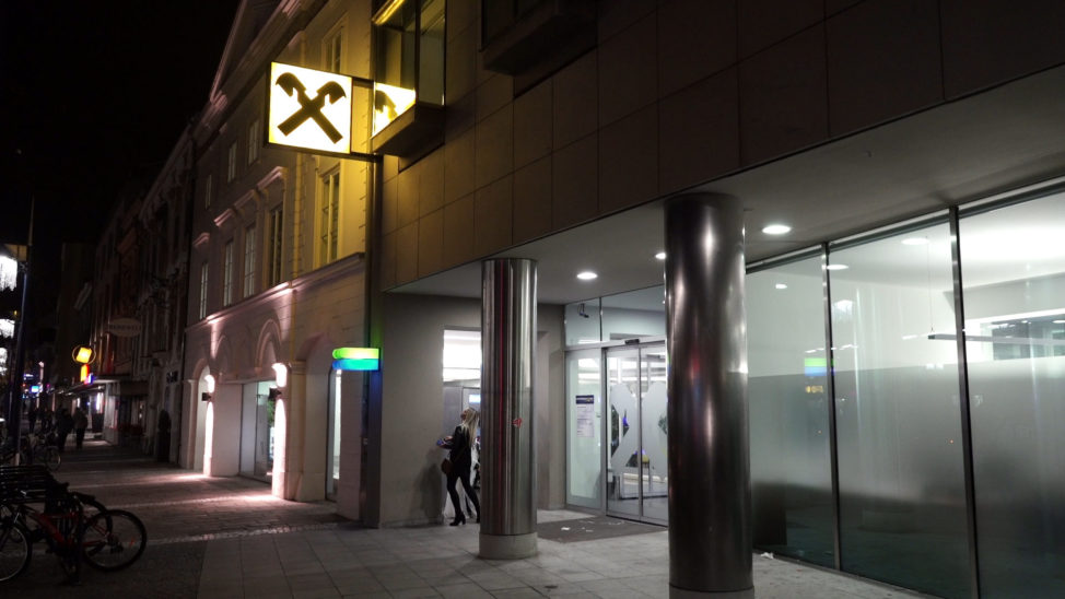 Weltspartag - Raiffeisenbank lädt zu Wels-Spartagen