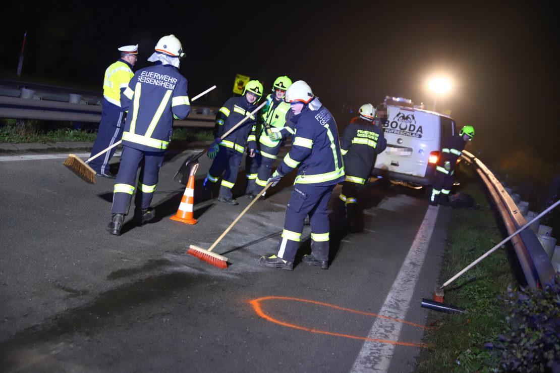 Heftiger Auffahrunfall in Pichl bei Wels endet mit schwerem Sachschaden