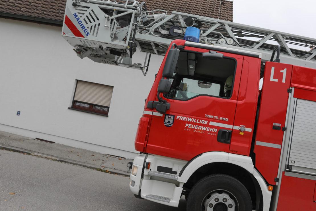 Sicherungsarbeiten durch die Feuerwehr in Wels-Lichtenegg