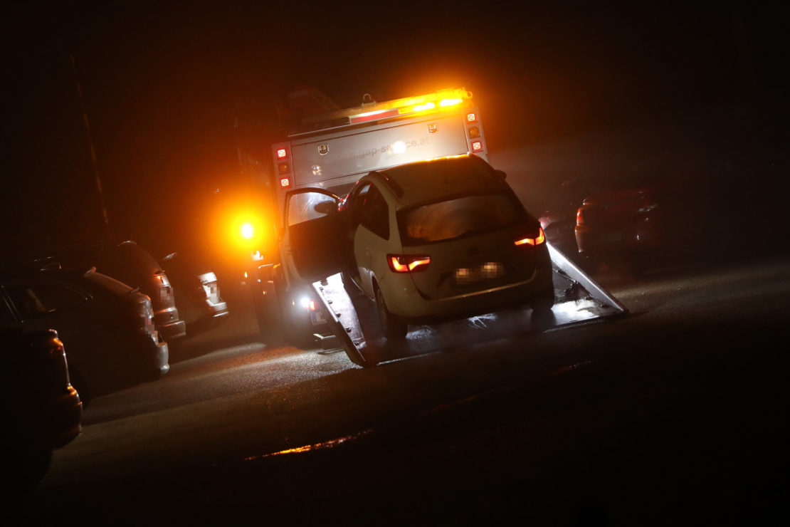 Verkehrsunfall auf der Pyhrnpass Straße in Sattledt endet glimpflich