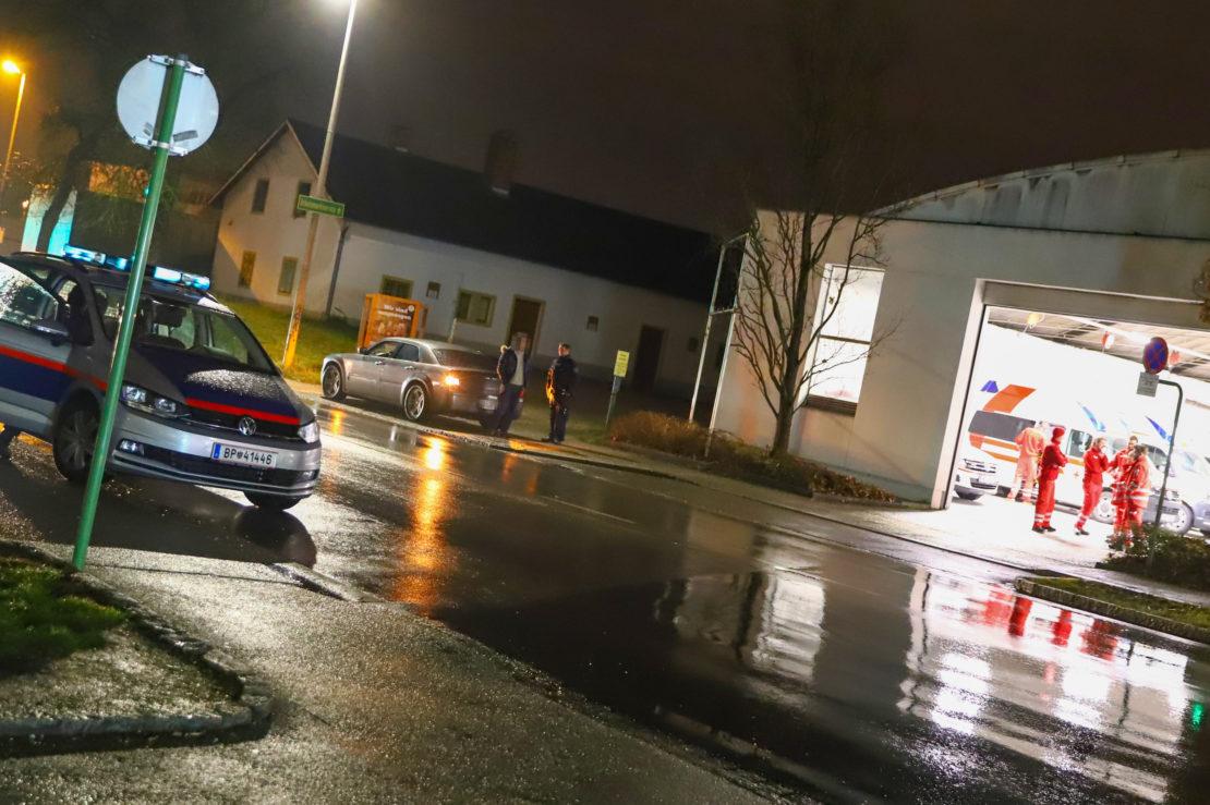 Rettungsausfahrt des Roten Kreuzes in Wels-Neustadt neuerlich durch parkendes Auto blockiert