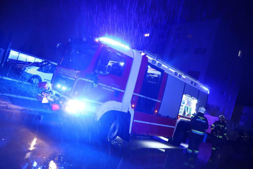 Defekte Küchenbeleuchtung sorgte für Einsatz der Feuerwehr in Wels-Lichtenegg