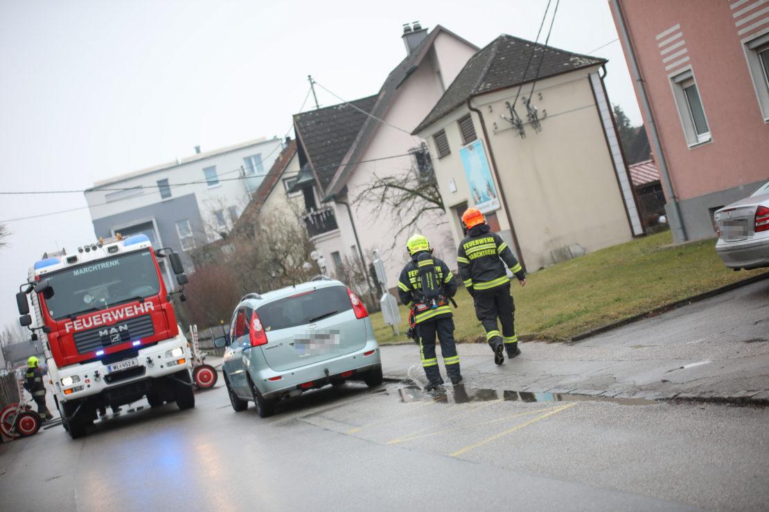 Brand einer Stromleitung bei einer Trafostation in Marchtrenk