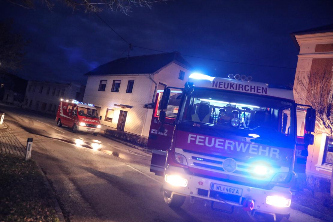 Brand eines Nachtspeicherofens und einer Zwischendecke in einem Wohnhaus in Neukirchen bei Lambach