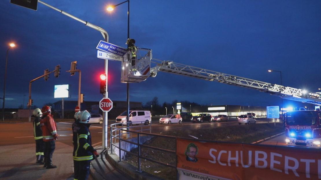 """Sturm """"Yulia"""" mit Böen um 100 km/h sorgt für Einsätze der Feuerwehren"""