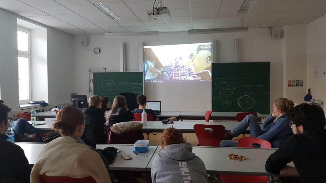 HTL Schüler-Video-Chat mit dem Astronomen Roland Ottensamer