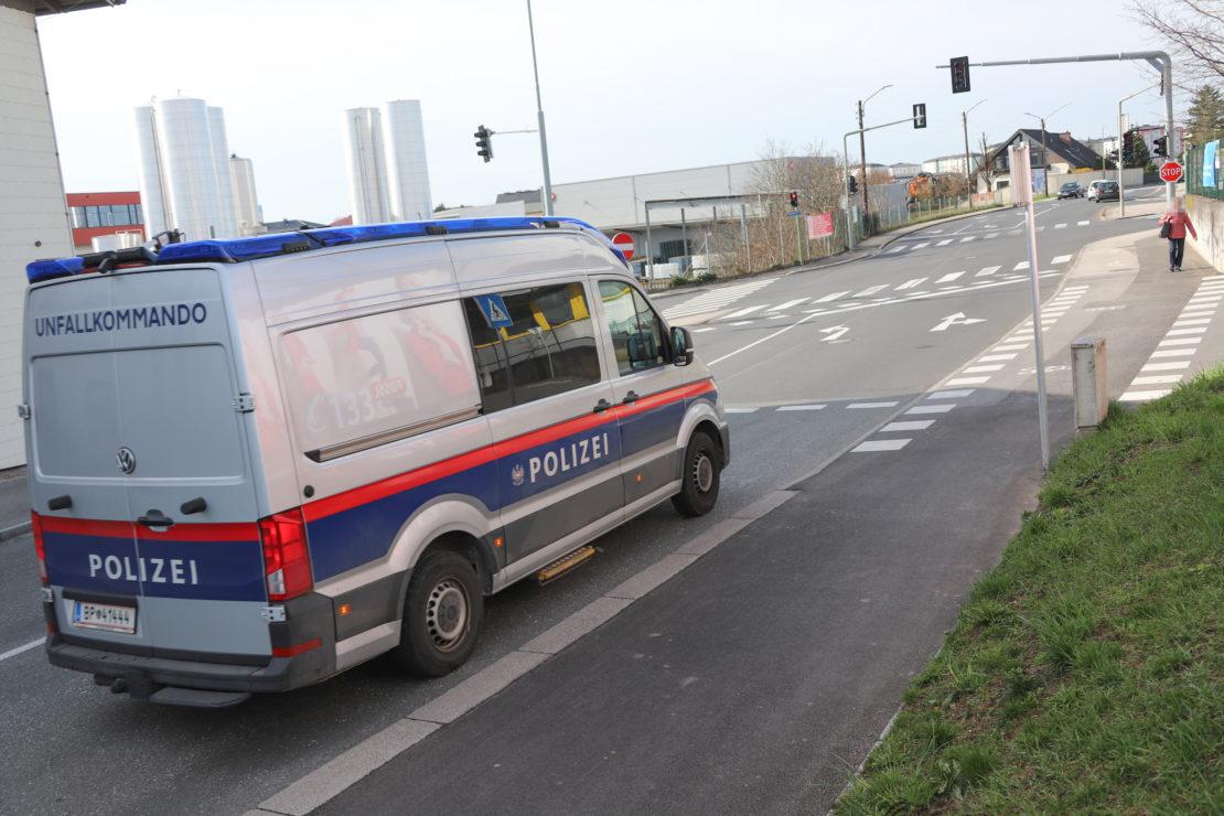 Radfahrer bei Kollision mit PKW in Wels-Vogelweide verletzt