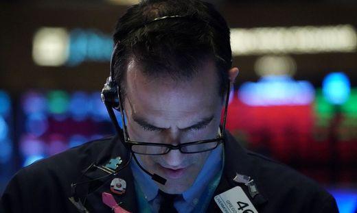 Dow Jones verliert 12 Prozent