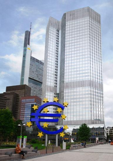 EZB lanciert 750-Milliarden-Euro-Notfallprogramm