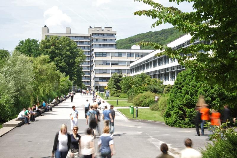 Uni Linz prüft Konsequenzen nach Studentenpartys