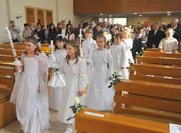 Katholische Kirche verschiebt Erstkommunion und Firmung