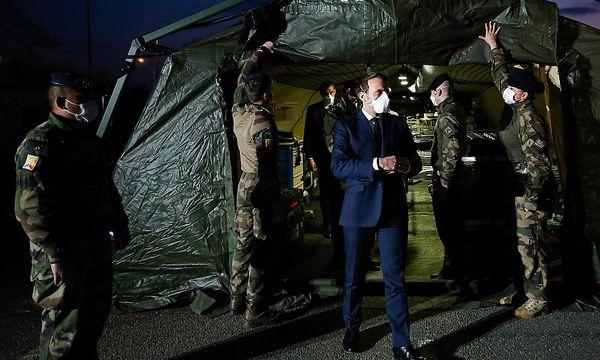 Macron schickt Hubschrauberträger in Überseegebiete