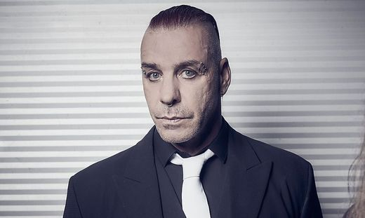 Rammstein-Sänger hat Corona Till Lindemann in Intensivstation
