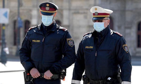 Polizisten ab sofort mit Mundschutz unterwegs