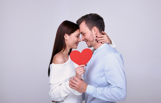Paare großteils dankbar in Krise nicht allein zu sein