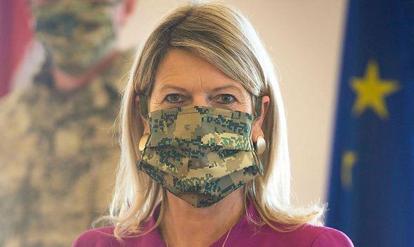 Bundesheer jetzt mit Tarnmasken aus Eigenproduktion
