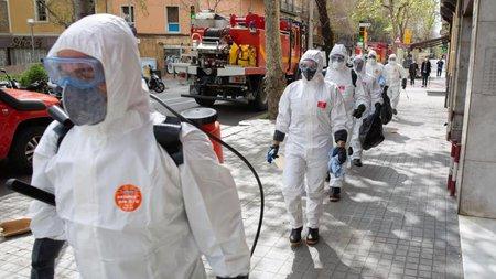 Mehr als 900 Tote in Spanien, Steigungsrate sinkt