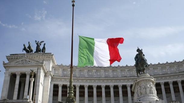 """Italien bereitet sich auf """"schwierige Monate"""" vor"""