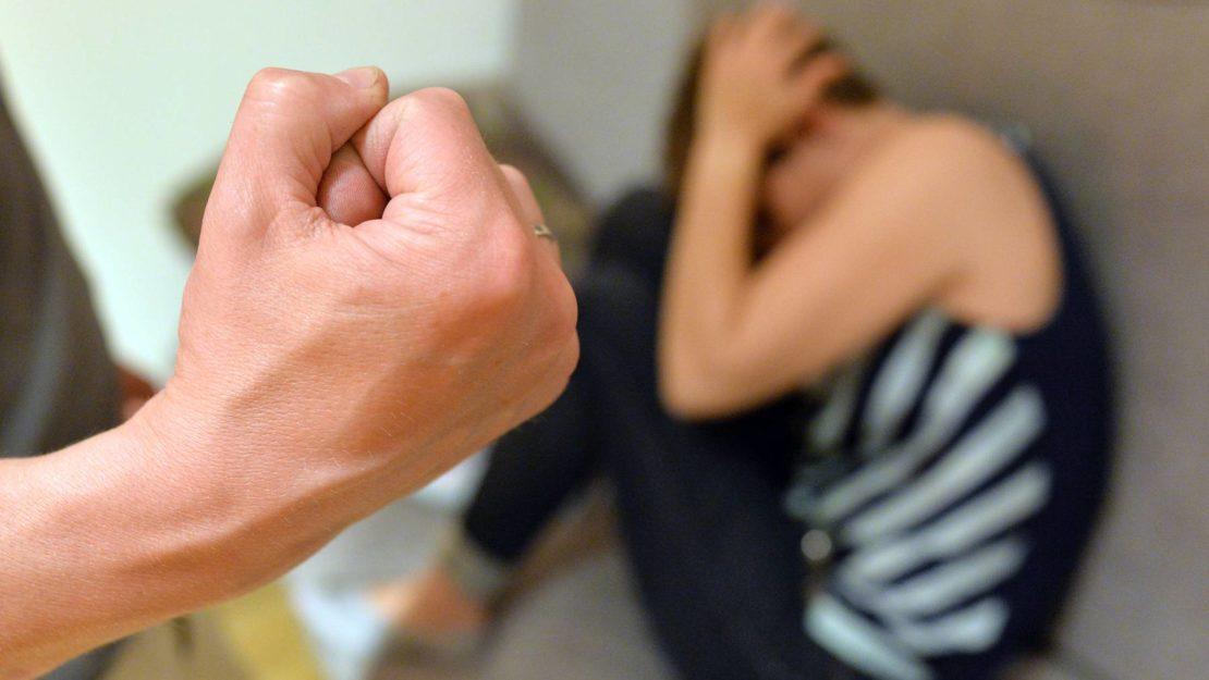Zahlen belegen leichten Anstieg bei häuslicher Gewalt
