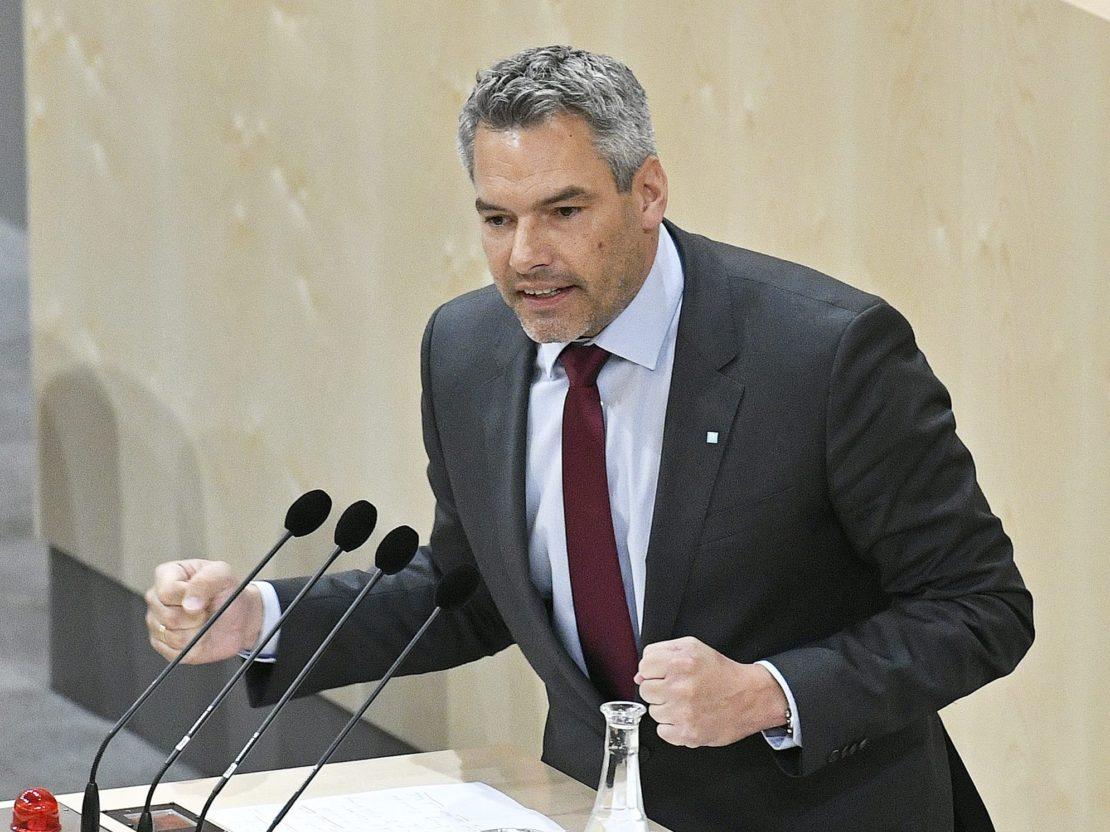 """Nehammer kündigt """"neuen Sammelerlass"""" für Ostern an"""