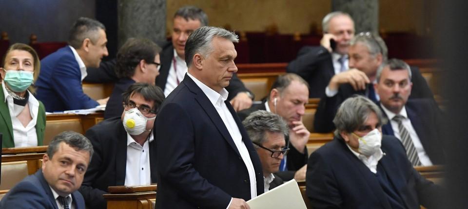 """Ungarn: Kurz will """"sehr genau hinsehen"""""""