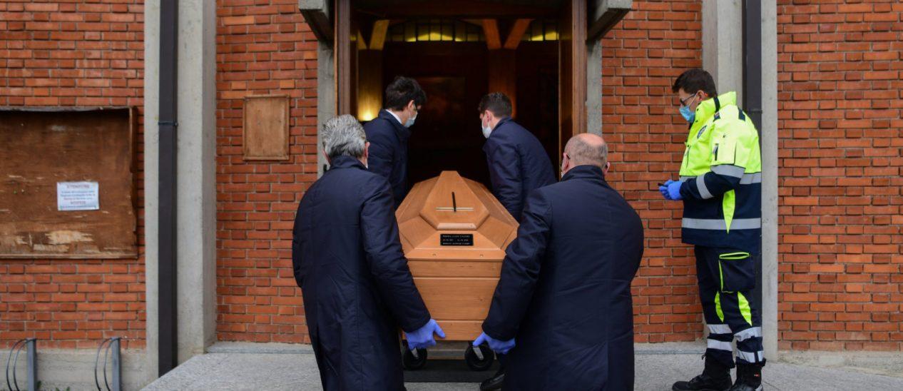 Tägliche Opferzahl in Italien wächst wieder