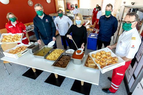 Haubenküche für Rotes Kreuz und Feuerwehren