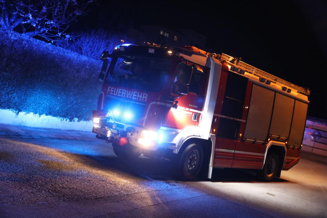 Feuerwehr bei Brandverdacht in Wels-Lichtenegg im Einsatz