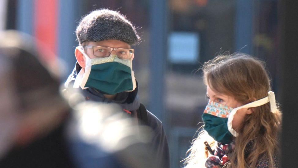 Polen führt Mundschutz-Pflicht ein
