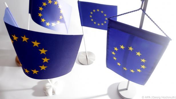 EU-Kommission genehmigt ausgeweitetes Corona-Kreditprogramm