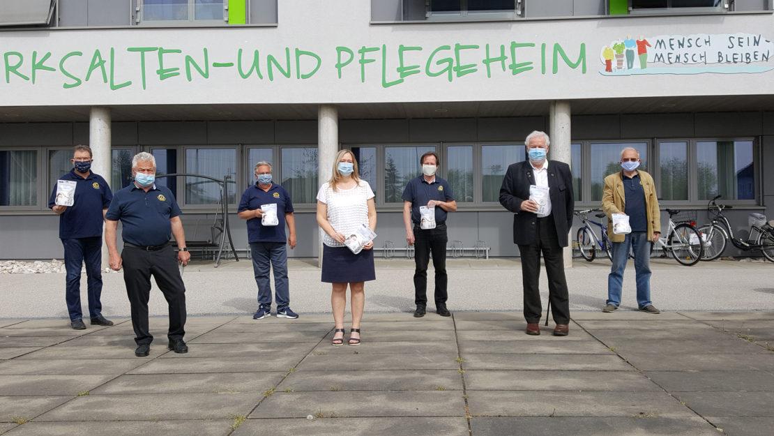 Lions Club spendet Masken an Pflegepersonal und Allgemeinmediziner