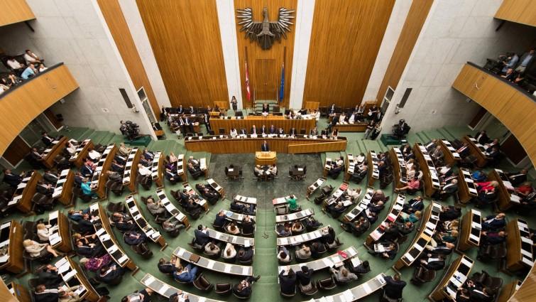 """Opposition fordert """"Fakten auf den Tisch"""""""
