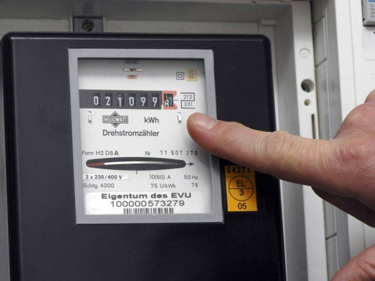 Stromverbrauch gesunken, BIP geschrumpft