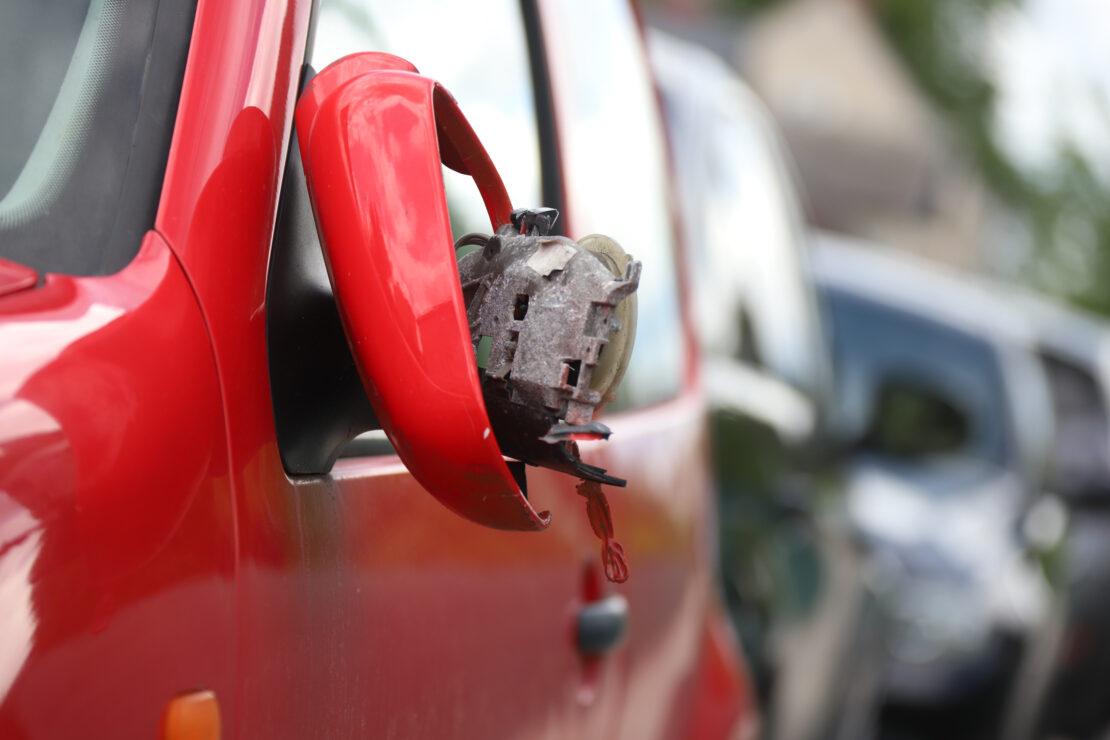 Sachbeschädigung: Reihe abgestellter Autos in Wels-Neustadt beschädigt