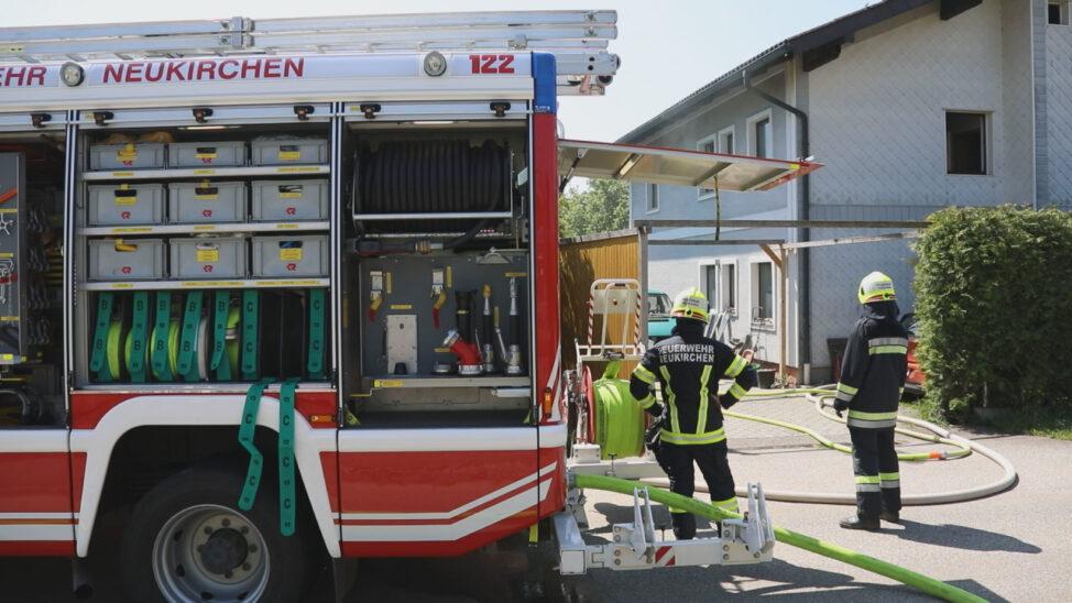 Drei Feuerwehren bei Kellerbrand in Neukirchen bei Lambach im Einsatz