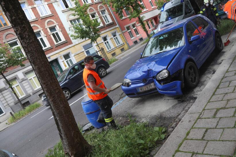 Unfallstelle in Wels-Innenstadt beschäftigt Einsatzkräfte