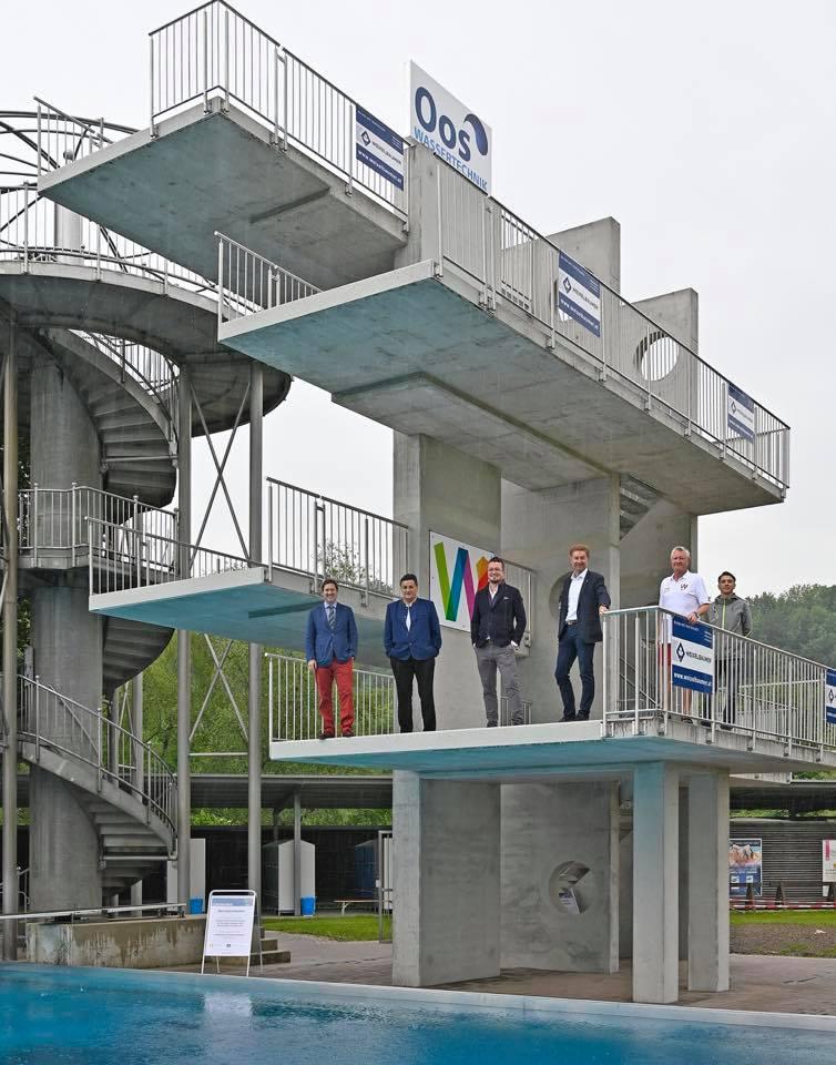 Neuer Sprungturm
