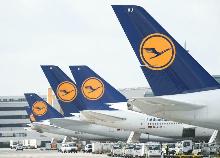 Lufthansa machte zwei Milliarden Euro Verlust