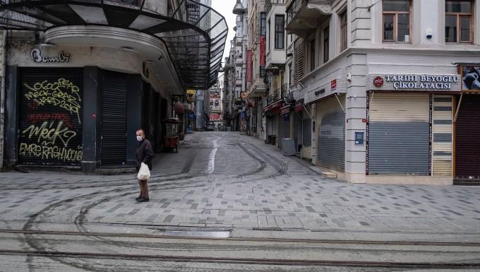 Erneut Ausgangssperre über Wochenende in Türkei