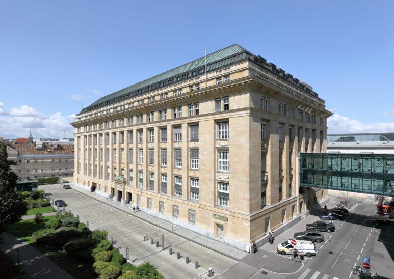 Nationalbank erwartet 2020 Rückgang der Wirtschaft um 7,2 Prozent