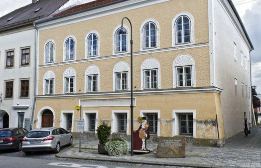 Museumsdirektor will Polizei-Bildungsstätte in Hitler-Haus