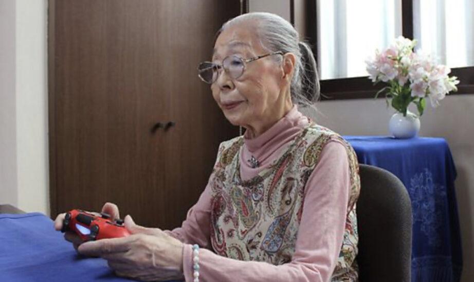 90-jährige Gamerin in Japan hält sich mit Fingerübungen fit