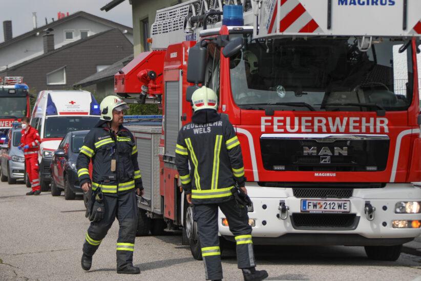 Brand einer Gartenküche bei einem Wohnhaus in Wels-Neustadt