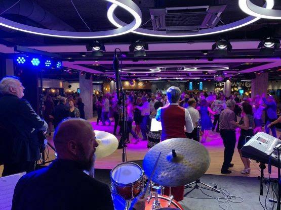 Hippmann 7 Re-Opening mit Live-Tanzmusik