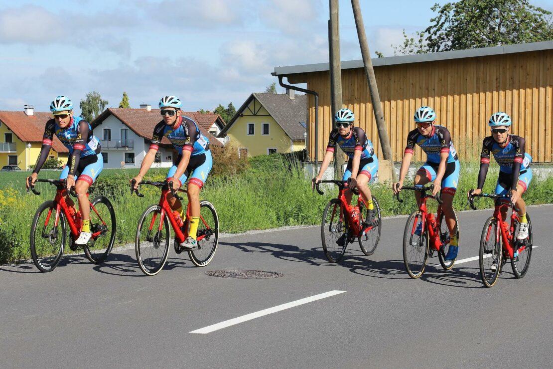 Team Felbermayr Simplon Wels absolviert fünftägiges Trainingslager im Innviertel - Welser Radprofis bereiten sich auf die 1. Rennen im Juli 2020 vor