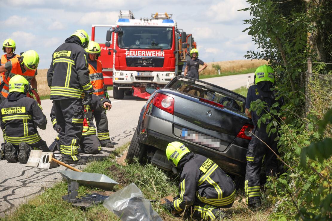 Zwei Verletzte bei Verkehrsunfall in Steinerkirchen an der Traun