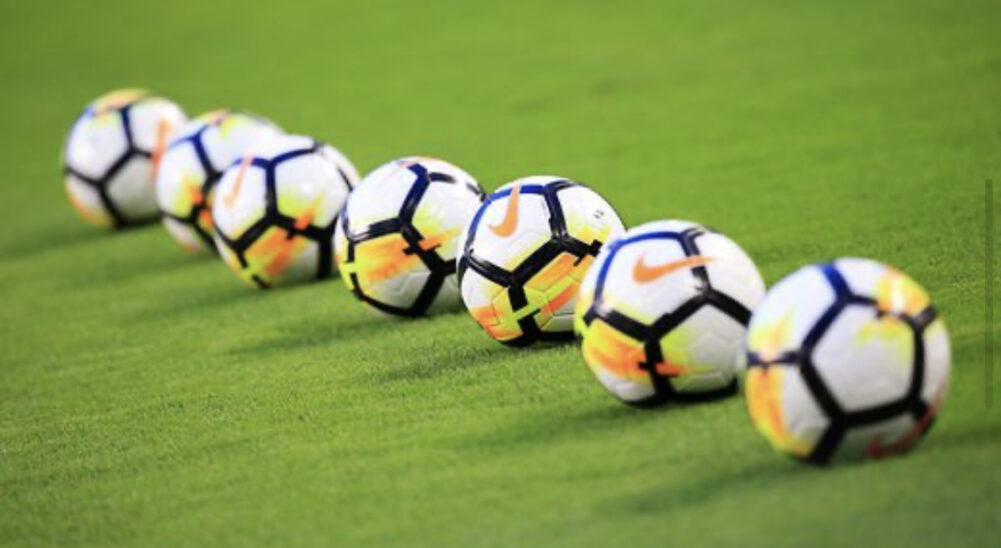 Im Fußball fünf Auswechselungen bis zum Sommer 2021 erlaubt