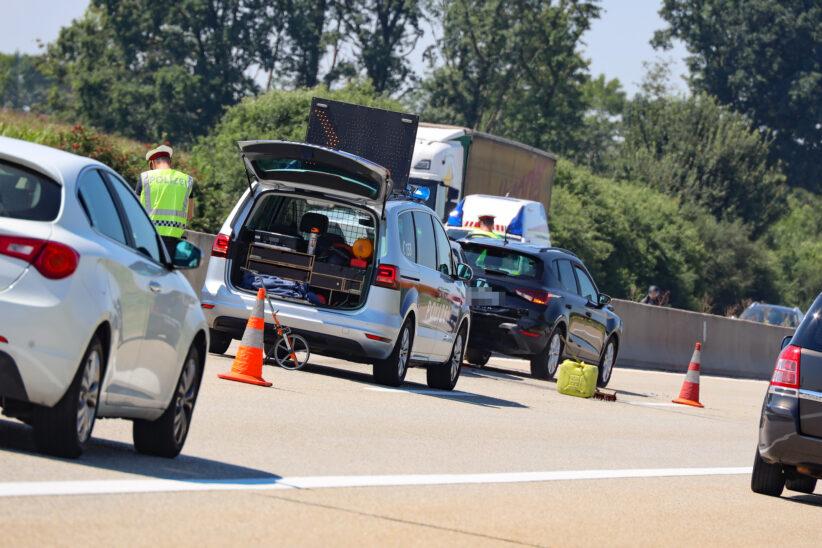 Serienunfall im Ausflugs- und Urlauberverkehr auf Westautobahn bei Eberstalzell